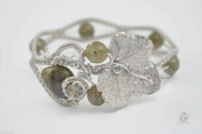 Brățară unicat din argint și labradorit, bratara argint, bijuterii argint, bijuterii handmadem argint ocazii, frunza argint