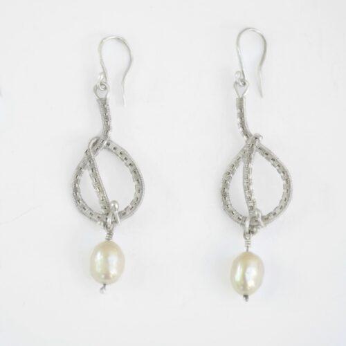 Cercei unicat din argint și perle albe, bijuterii argint, cercei argint